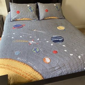 Pottery Barn Kids Space Quilt Set